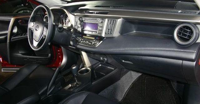 2013 Toyota RAV4 2.5 E天窗選配版  第4張相片