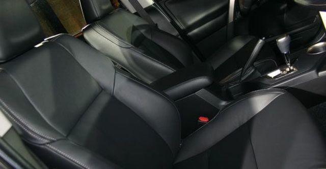 2013 Toyota RAV4 2.5 E天窗選配版  第10張相片
