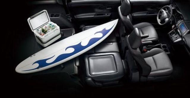 2013 Toyota Wish 2.0經典  第4張相片