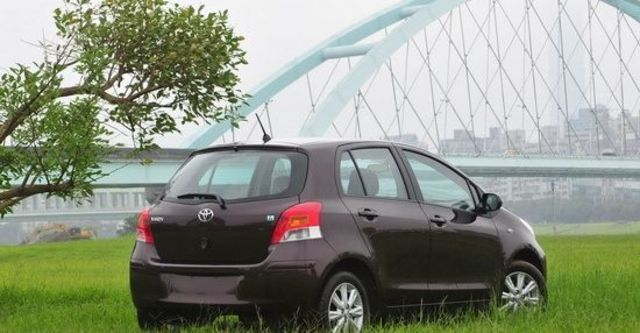 2013 Toyota Yaris 1.5 E Fabric  第6張相片