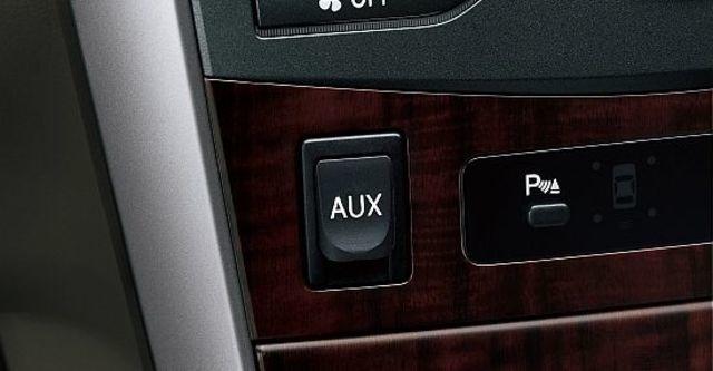 2012 Toyota Corolla Altis 1.8 E經典版  第6張相片