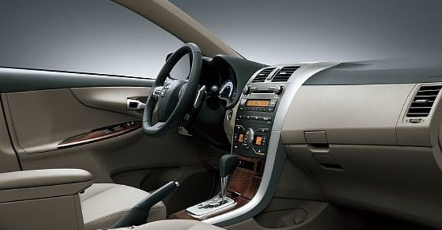 2012 Toyota Corolla Altis 2.0 G  第4張相片