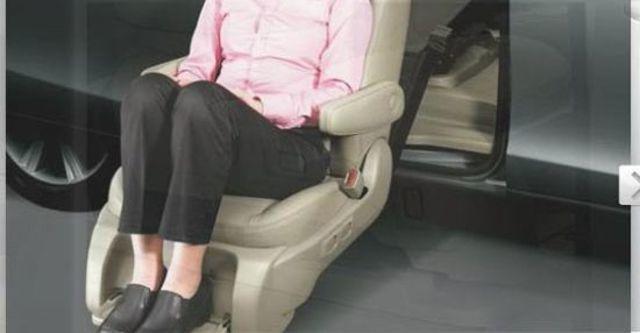 2012 Toyota Previa 3.5福祉車  第4張相片