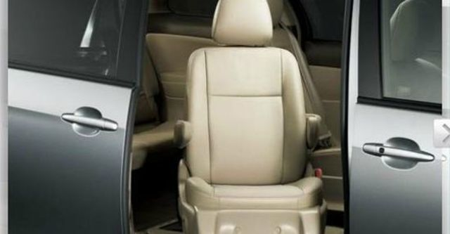 2012 Toyota Previa 3.5福祉車  第7張相片