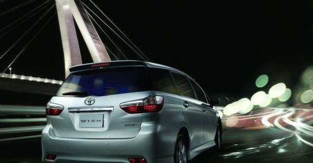 2012 Toyota Wish 2.0 G  第9張相片