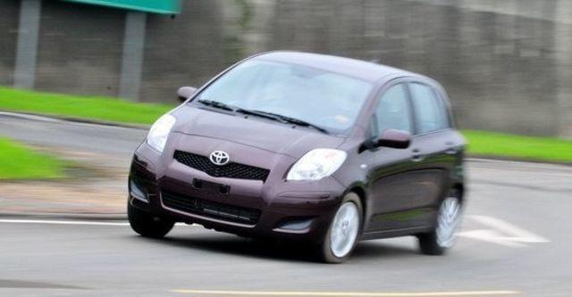 2012 Toyota Yaris 1.5 E Fabric  第1張相片