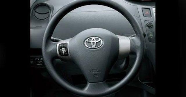 2012 Toyota Yaris 1.5 G Leather  第11張相片