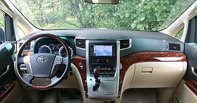 2011 Toyota Alphard 2.4  第5張相片