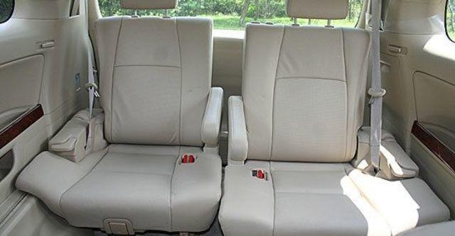 2011 Toyota Alphard 2.4  第8張相片