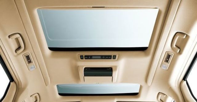 2011 Toyota Alphard 3.5  第7張相片