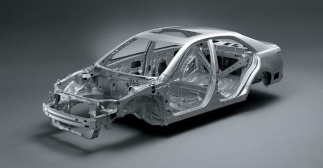 2011 Toyota Camry 2.4 E經典版  第5張相片