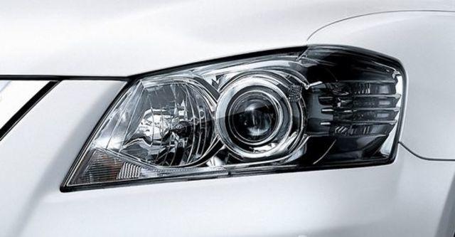 2011 Toyota Camry 2.4 E經典版  第13張相片