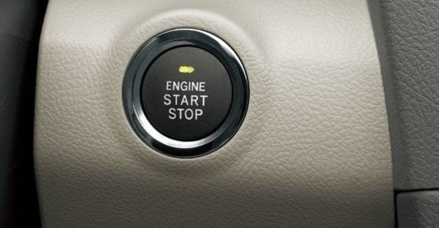 2011 Toyota Camry 3.5 V  第11張相片