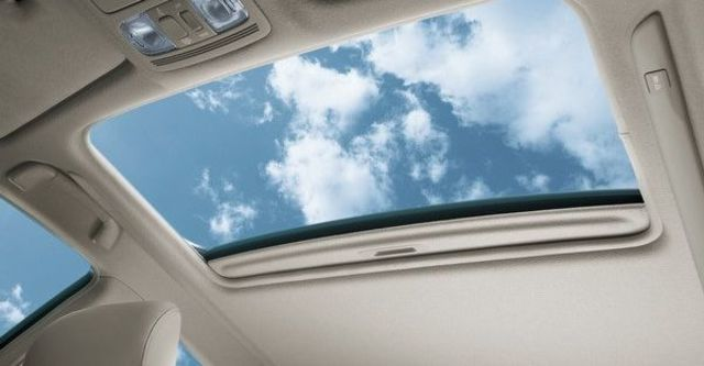 2011 Toyota Camry 3.5 V尊爵版  第15張相片