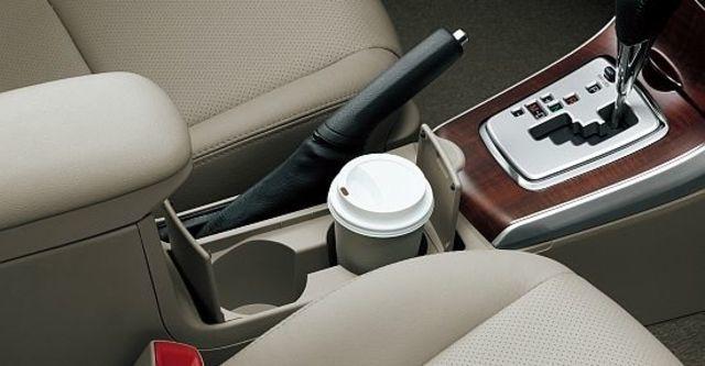 2011 Toyota Corolla Altis 1.8 E  第9張相片