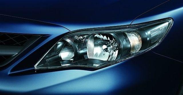 2011 Toyota Corolla Altis 2.0 Z  第5張相片