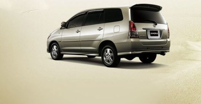 2011 Toyota Innova 2.7 G  第2張相片