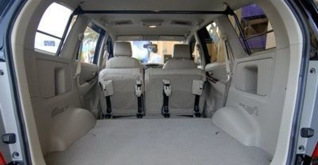 2011 Toyota Innova 2.7 G  第11張相片
