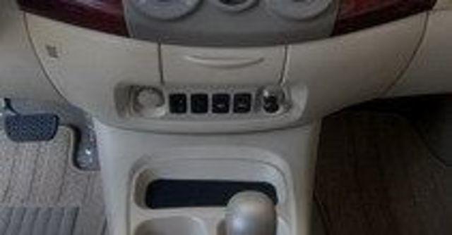 2011 Toyota Innova 2.7 G  第13張相片