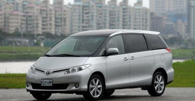 2011 Toyota Previa 2.4豪華版  第4張相片