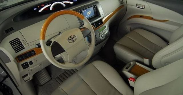 2011 Toyota Previa 2.4豪華版  第12張相片