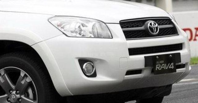 2011 Toyota RAV4 2.4 J  第8張相片