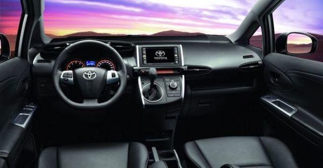2011 Toyota Wish 2.0 E  第8張相片