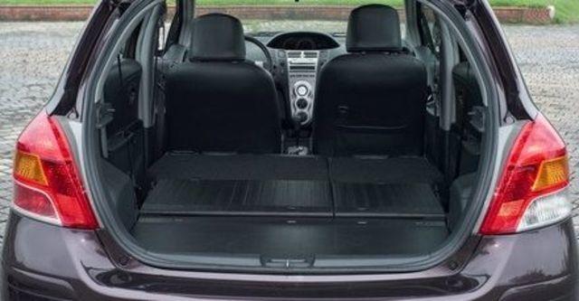 2011 Toyota Yaris 1.5 E  第5張相片
