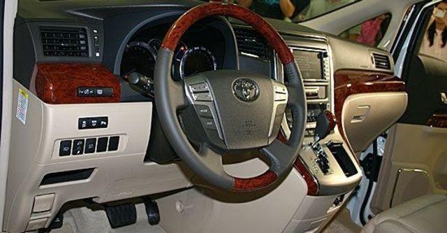 2010 Toyota Alphard 2.4  第5張相片