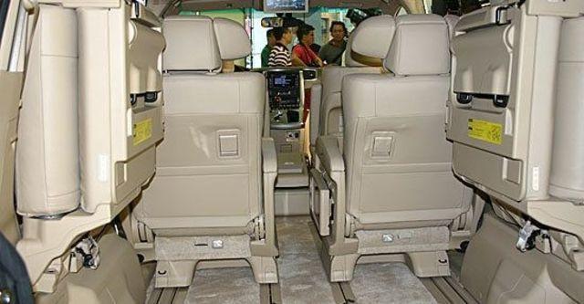 2010 Toyota Alphard 2.4  第7張相片