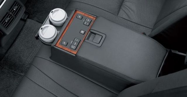 2010 Toyota Camry 3.5 Q  第16張相片