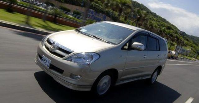 2010 Toyota Innova 2.7 G  第2張相片