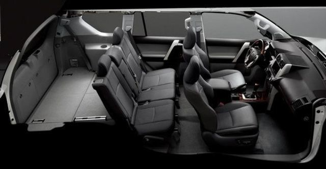 2010 Toyota Land Cruiser Prado  第9張相片