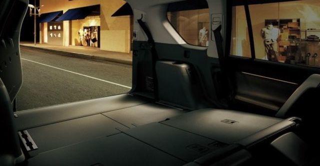 2010 Toyota Land Cruiser Prado  第11張相片