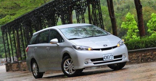 2010 Toyota Wish 2.0 G  第2張相片