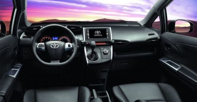 2010 Toyota Wish 2.0 G  第7張相片