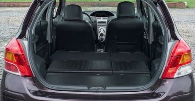 2010 Toyota Yaris 1.5 G Fabric  第7張相片