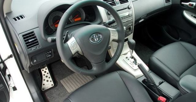 2009 Toyota Corolla Altis 2.0 Z  第8張相片