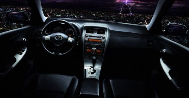 2009 Toyota Corolla Altis 2.0 Z  第13張相片