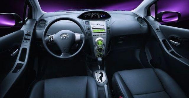 2009 Toyota Yaris 1.5 E  第7張相片