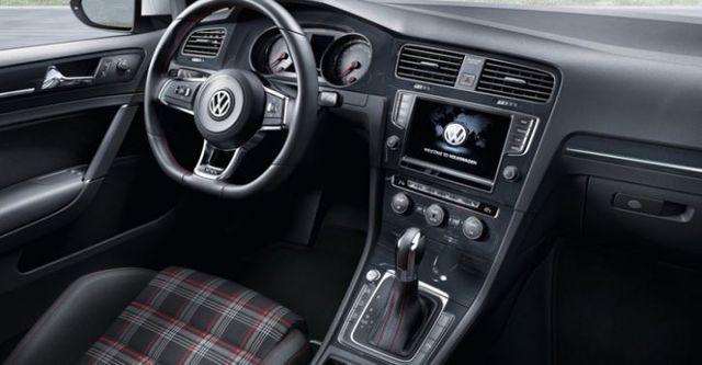 2015 Volkswagen Golf GTI  第9張相片