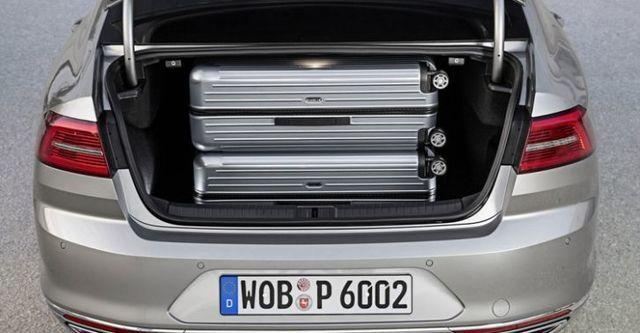 2015 Volkswagen Passat Sedan 330 TSI BMT HL  第10張相片