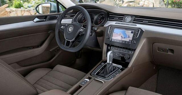 2015 Volkswagen Passat Variant 330 TSI BMT CL  第6張相片