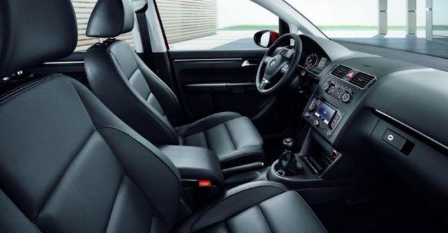 2015 Volkswagen Touran 1.4 TSI  第8張相片