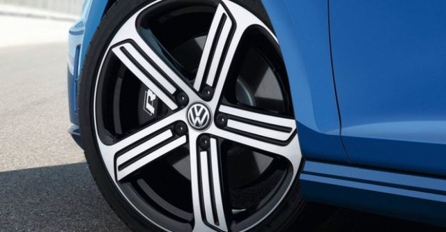 2014 Volkswagen Golf R  第6張相片