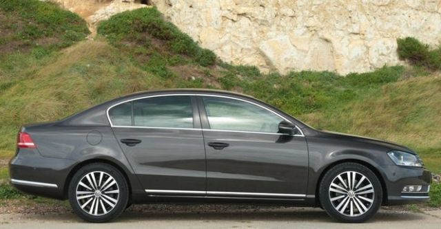 2014 Volkswagen Passat Sedan 2.0 TDI BlueMotion  第4張相片