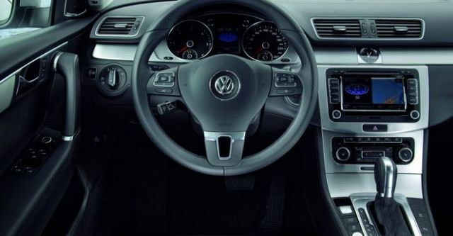2014 Volkswagen Passat Variant 1.8 TSI  第6張相片