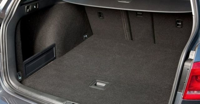 2014 Volkswagen Passat Variant 1.8 TSI  第9張相片