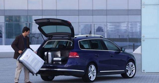 2013 Volkswagen Passat Variant 2.0 TDI BlueMotion  第4張相片