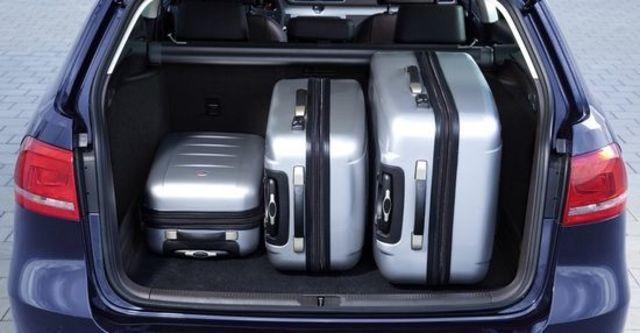 2013 Volkswagen Passat Variant 2.0 TDI BlueMotion  第8張相片